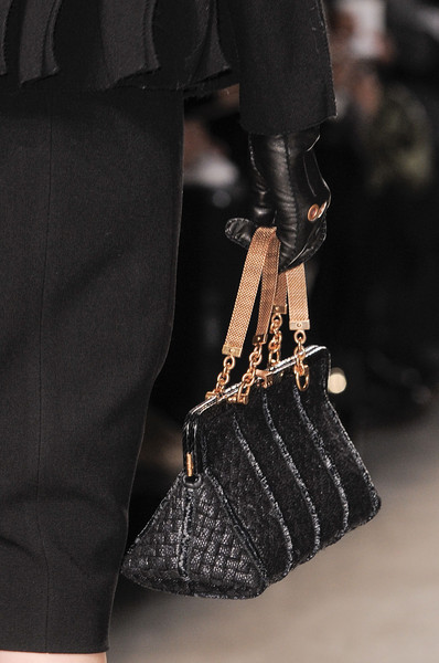 Aquilano.Rimondi at Milan Fall 2013 (Details)