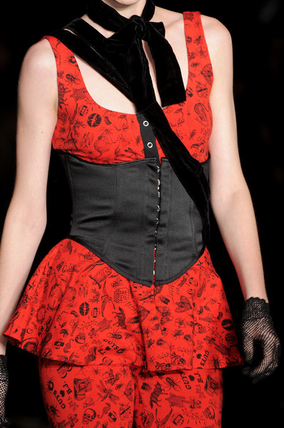 Betsey Johnson at New York Fall 2010 (Details)