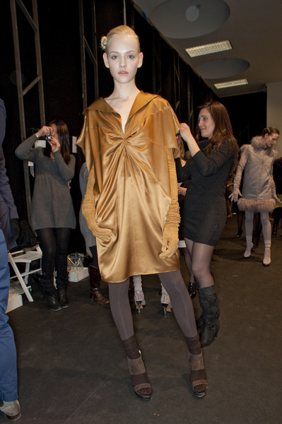 Brioni at Milan Fall 2010 (Backstage)