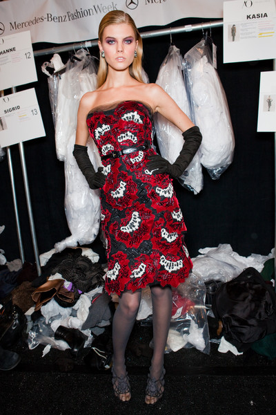 Carolina Herrera Fall 2010 - Backstage