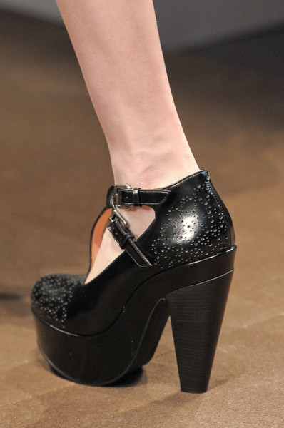 Carven at Paris Fall 2012 (Details)