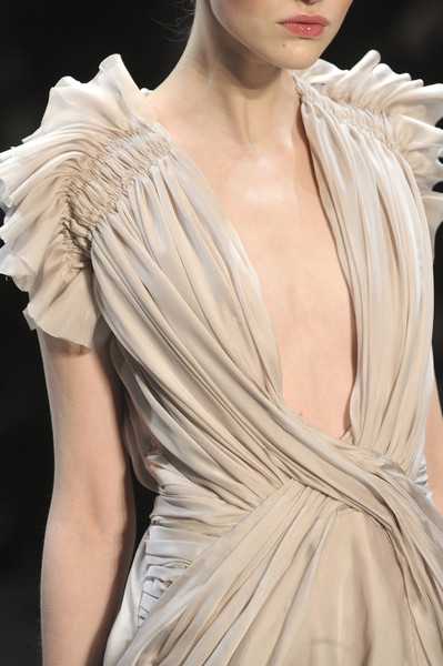Christophe Josse at Couture Spring 2010 (Details)