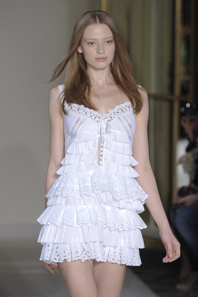 Collette Dinnigan Spring 2011