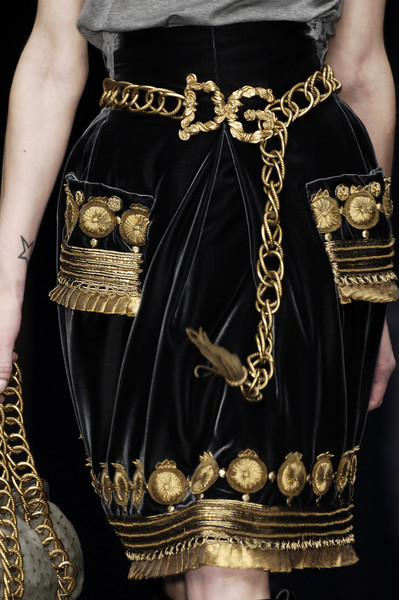 Dolce & Gabbana at Milan Fall 2006 (Details)