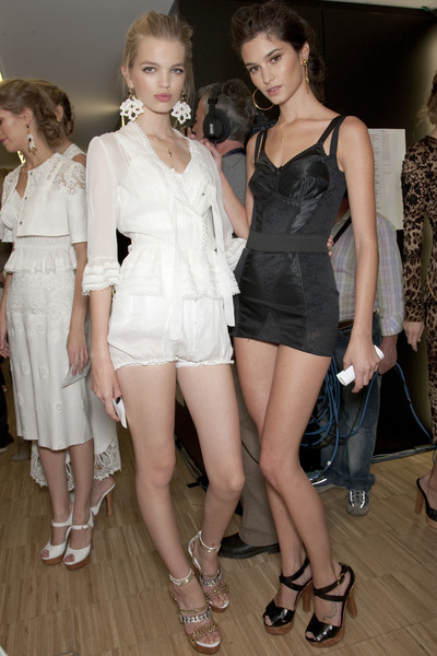 Dolce & Gabbana at Milan Spring 2011 (Backstage)