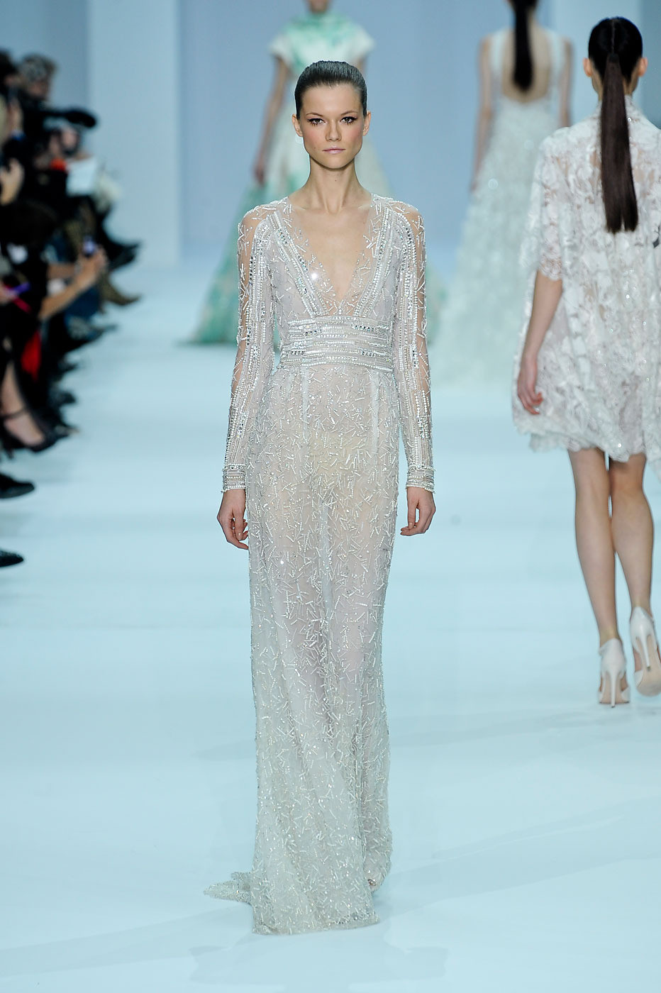 Elie Saab Couture - Angelina Jolie\'s Wedding Dress Possibilities ...