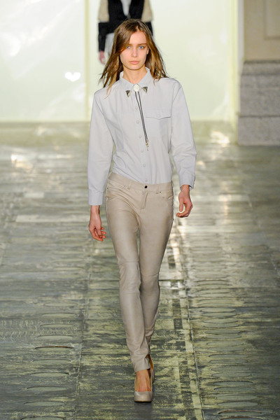 Elliot Atkinson at London Fall 2011