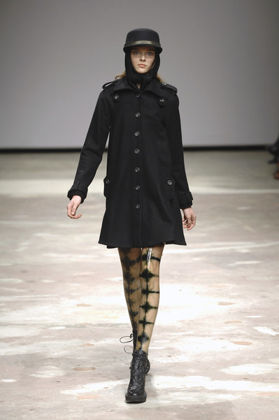 Emma Cook at London Fall 2008
