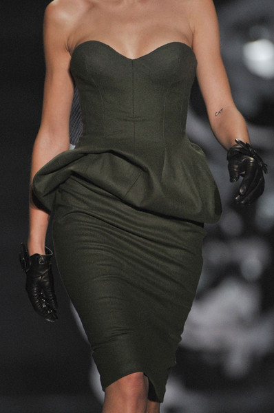 Ermanno Scervino at Milan Fall 2012 (Details)