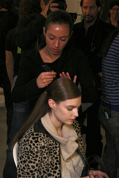 Giambattista Valli Fall 2011 - Backstage