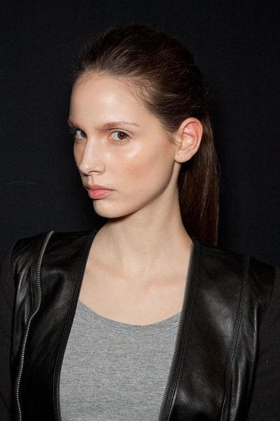 Hervé Léger by Max Azria Fall 2012 - Backstage