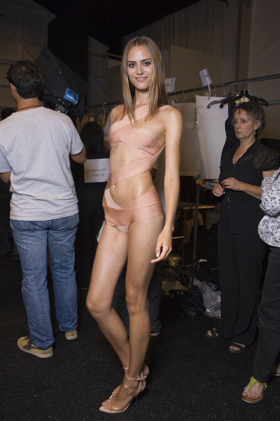 Hervé Léger by Max Azria at New York Spring 2009 (Backstage)