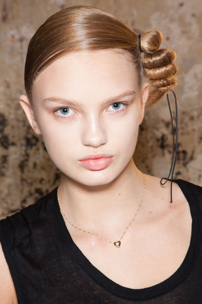 Hussein Chalayan at Paris Fall 2012 (Backstage)