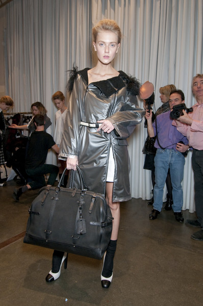 Iceberg Fall 2010 - Backstage