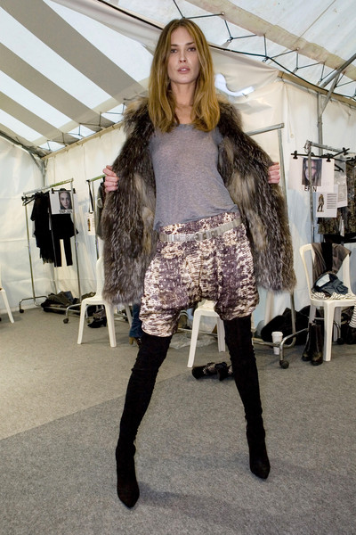 Isabel Marant Fall 2009 - Backstage