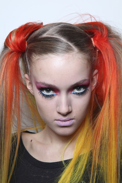 Jeremy Scott Fall 2011 - Backstage