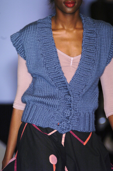 Jessica Ogden at London Fall 2005 (Details)