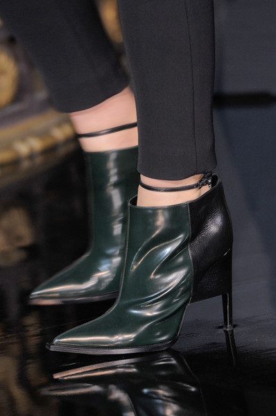 John Galliano Fall 2013 - Details