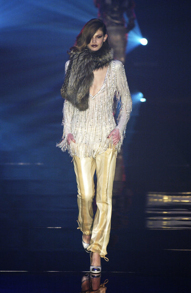 Julien Macdonald Fall 2004