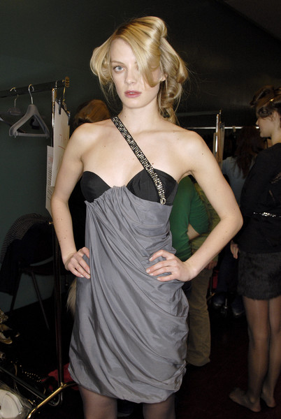 La Perla Fall 2007 - Backstage