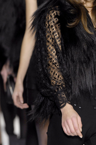 La Perla at Milan Fall 2007 (Details)