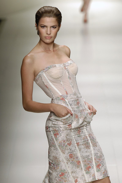 La Perla at Milan Spring 2006