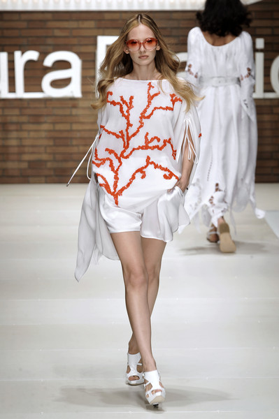 Laura Biagiotti at Milan Spring 2009