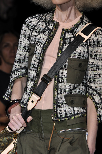 Louis Vuitton Spring 2010 - Details