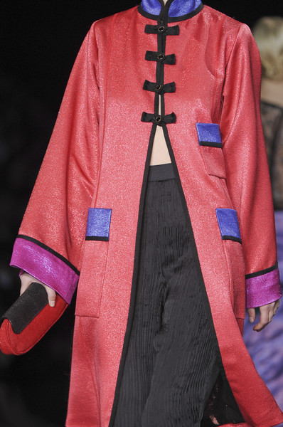 Louis Vuitton at Paris Spring 2011 (Details)