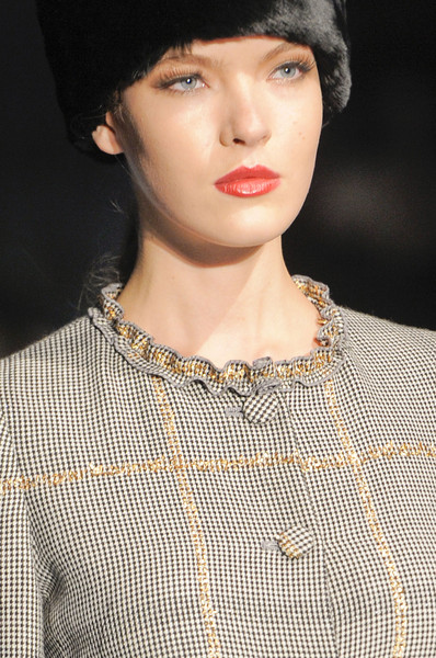 Luisa Beccaria at Milan Fall 2013 (Details)
