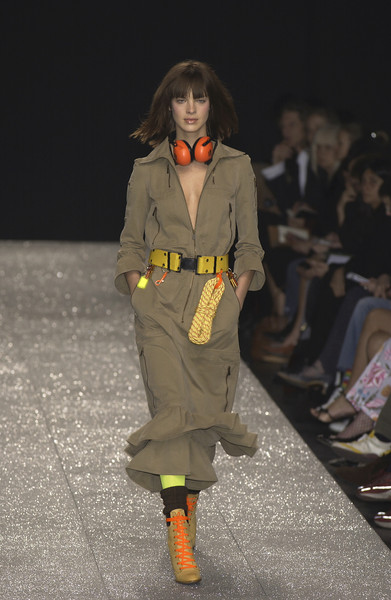 Moschino Cheap & Chic Fall 2003