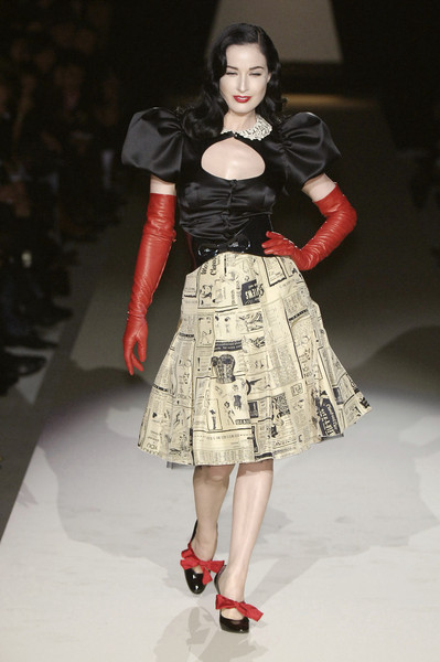 Moschino Cheap & Chic at Milan Fall 2006