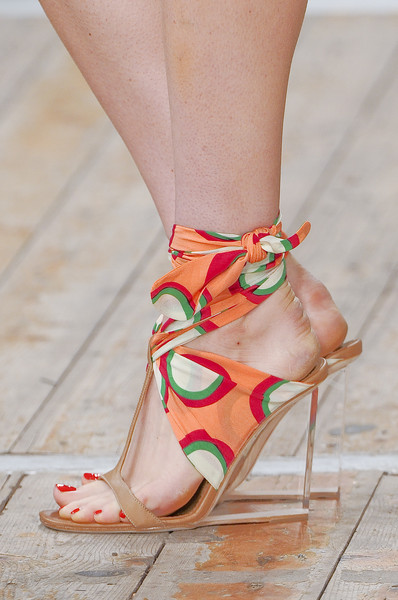 Moschino Cheap & Chic Spring 2011 - Details