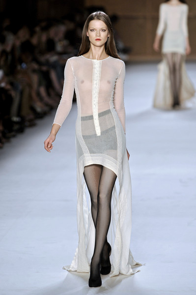 Nina Ricci at Paris Spring 2009