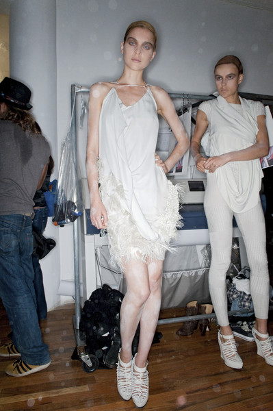 Ohne Titel at New York Spring 2010 (Backstage)