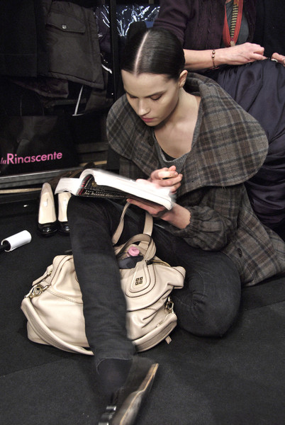 Pringle of Scotland at Milan Fall 2008 (Backstage)