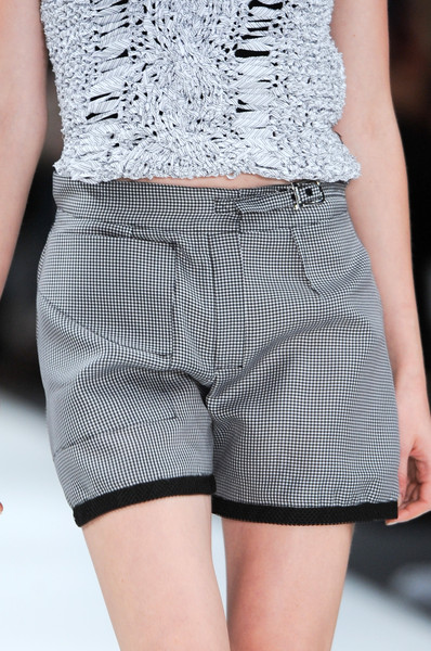 Pringle of Scotland Spring 2011 - Details