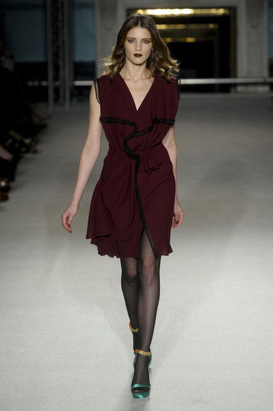 Roksanda Ilincic at London Fall 2011
