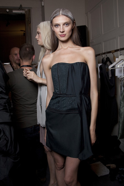 Rue du Mail Spring 2010 - Backstage