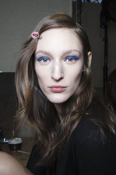 Shiatzy Chen at Paris Fall 2014 (Backstage)