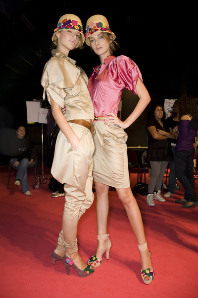 Sonia Fortuna Spring 2009 - Backstage