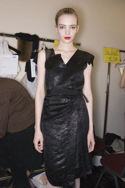 Sportmax at Milan Fall 2009 (Backstage)