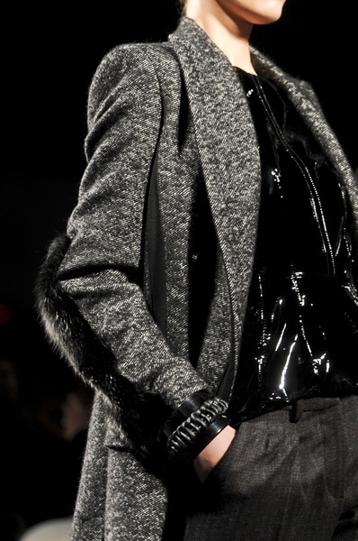 Sportmax at Milan Fall 2011 (Details)