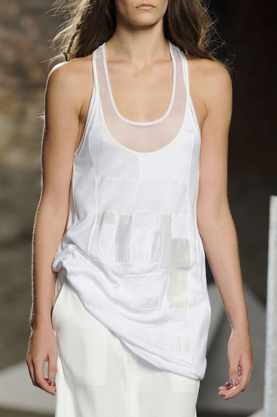 Tess Giberson at New York Spring 2013 (Details)