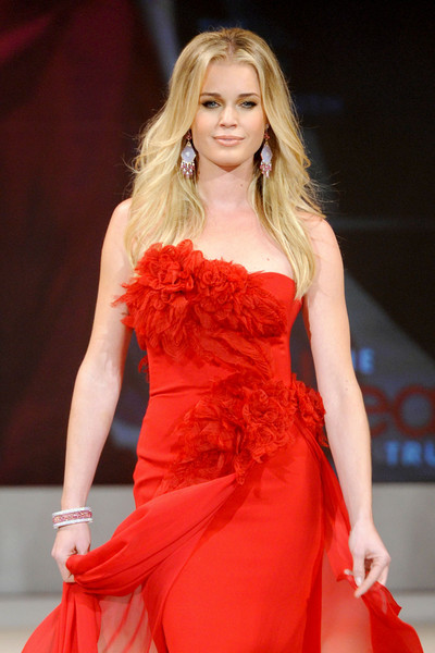 The Heart Truth Red Dress Collection Fall 2012