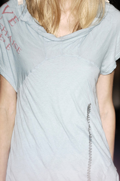 Undercover at Paris Spring 2006 (Details)