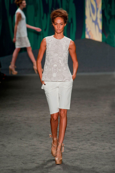 Vera Wang at New York Spring 2013