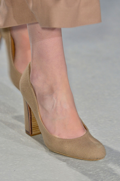 Veronique Branquinho Fall 2013 - Details