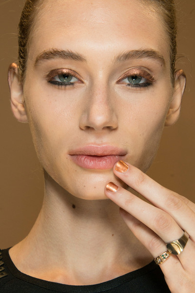 Veronique Branquinho at Paris Spring 2013 (Backstage)
