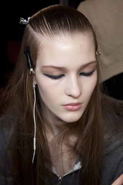 Versus Fall 2012 - Backstage